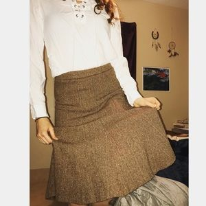 🍂H&M tweed skirt, flattering and beautiful